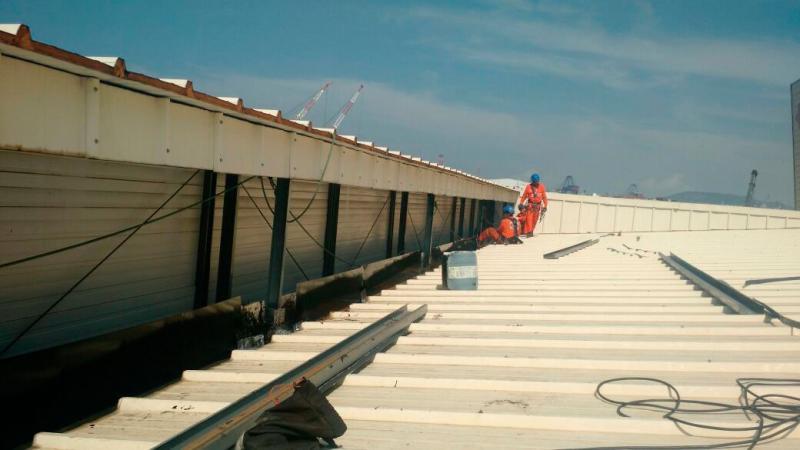 Manutenção de calhas e telhados